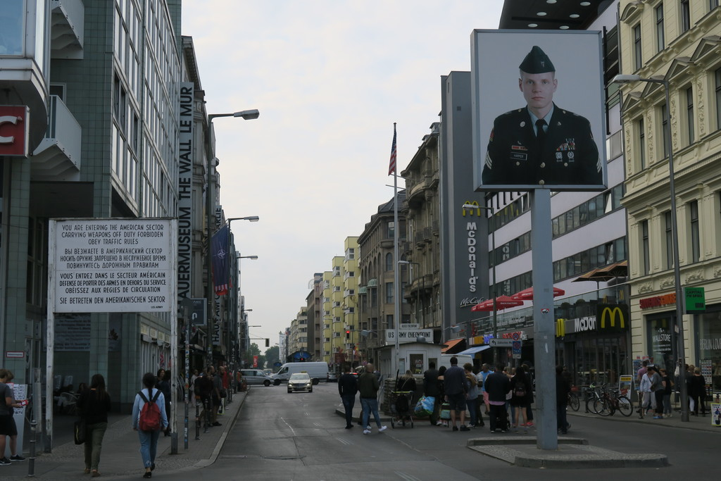 05.Checkpoint Charlie