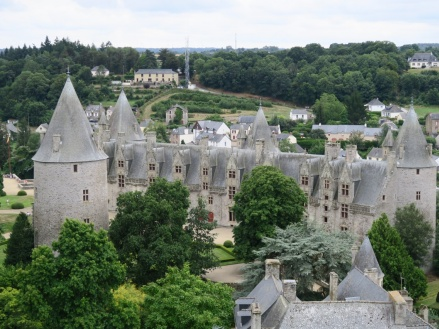 Visitando algunos de los pueblos más bonitos de Bretaña:  Rochefort-en-Terre, Malestroit y Josselin