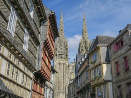 Recorrido por la Bretaña: los alineamientos de Carnac y visita a Quimper